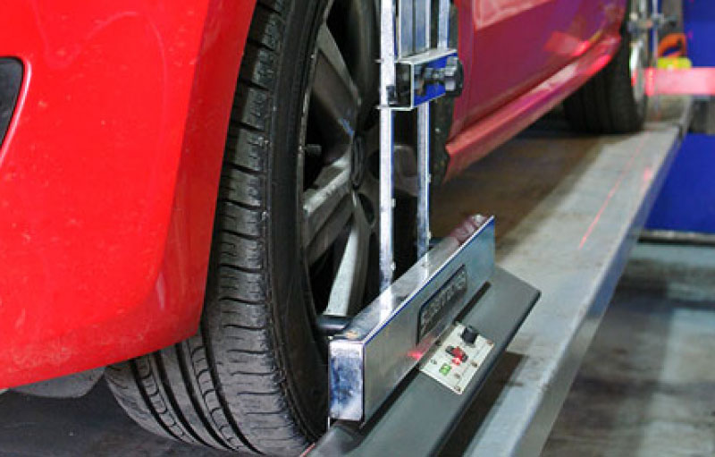 Tracking / Wheel Alignment